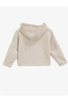 Koton Kız Çocuk Beyaz Kapüşonlu Yazılı Baskılı Uzun Kollu Sweatshirt 1