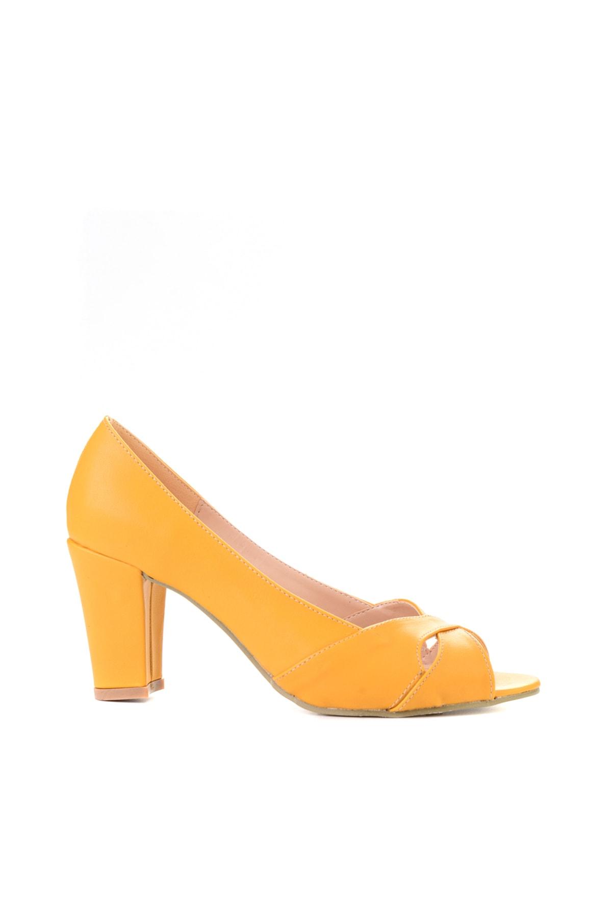 Bambi Hardal Nubuk Kadın Klasik Topuklu Ayakkabı L0708211071