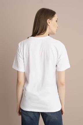 Tena Moda Kadın Beyaz Mickey Mouse Baskılı Tişört 3