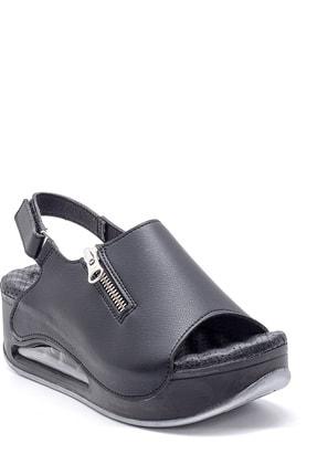 Derimod Kadın Yüksek Tabanlı Sandalet 1