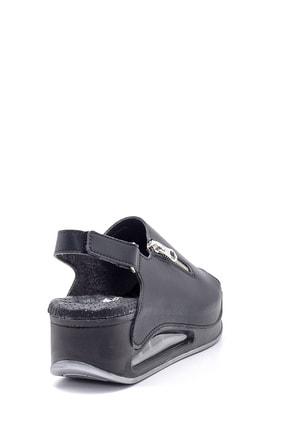 Derimod Kadın Yüksek Tabanlı Sandalet 3