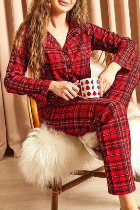 Hadise Ekoseli Düğmeli Pijama Takımı Kırmızı 1