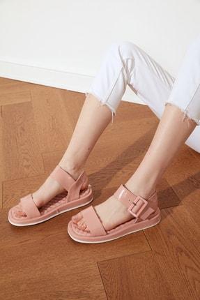 TRENDYOLMİLLA Somon Kalın Tabanlı Tokalı Rugan Kadın Sandalet TAKSS21SD0033 0