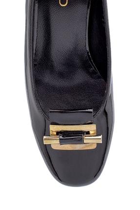 Derimod Kadın Rugan Kalın Topuklu Ayakkabı 3