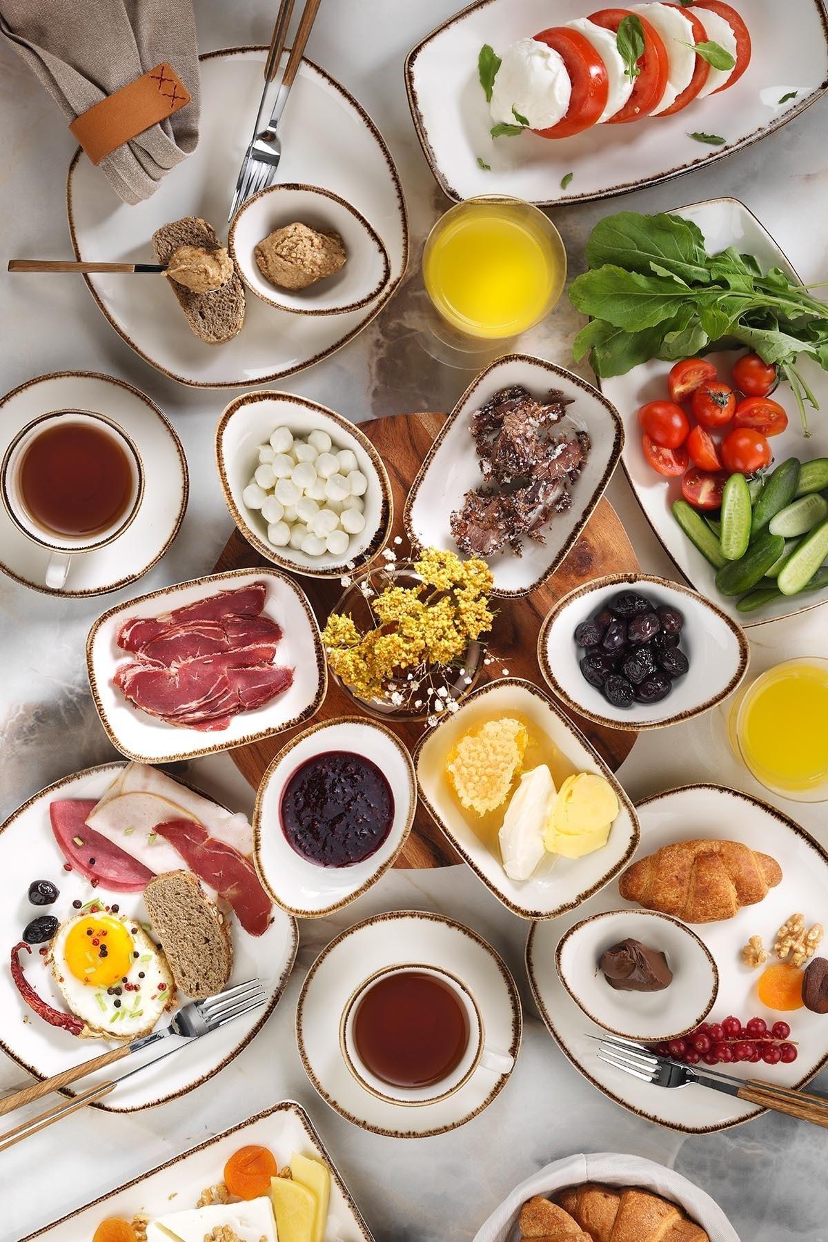 Corendon 30 Parça Kahvaltı Takımı
