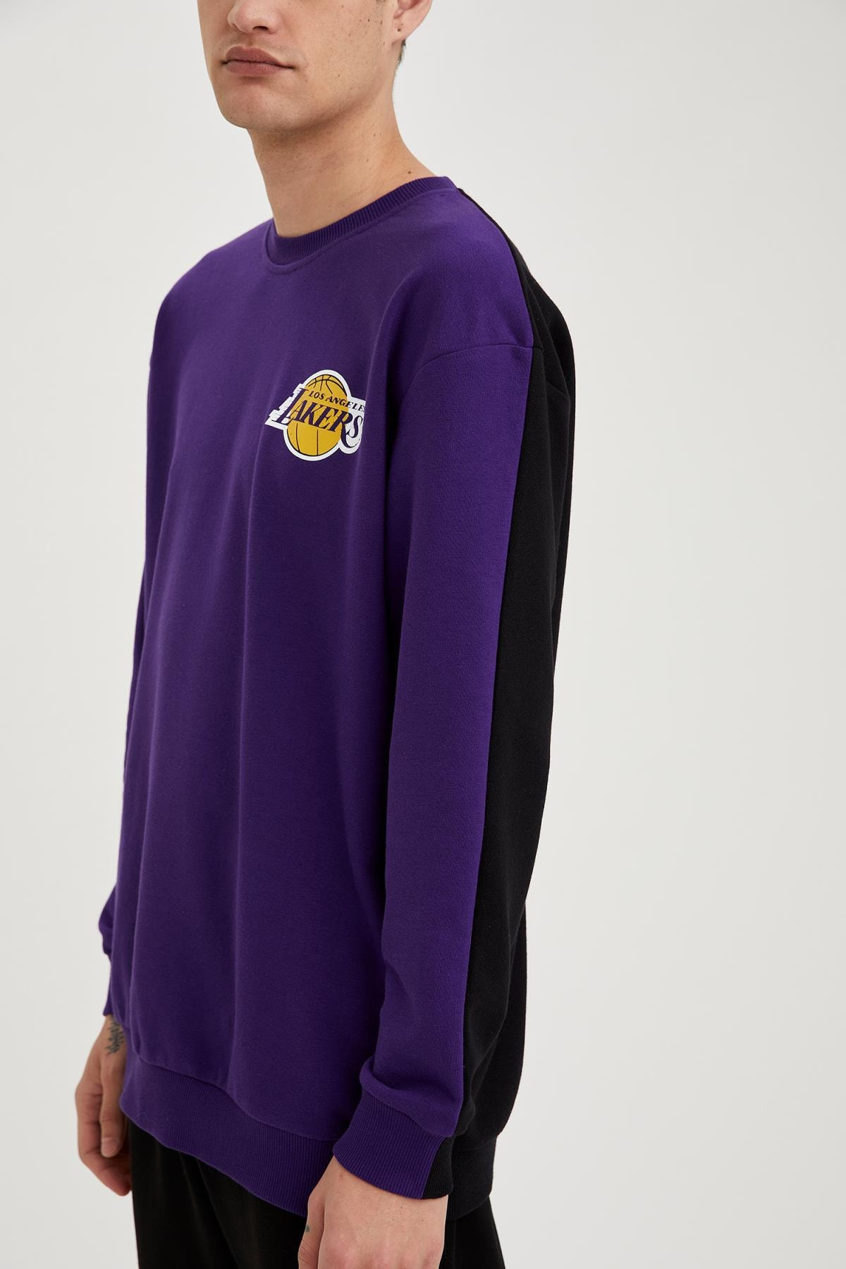 Defacto Erkek Dark Purple Nba Lisanslı Oversize Fit Unisex Bisiklet Yaka Sweatshirt S9213AZ21SP 2