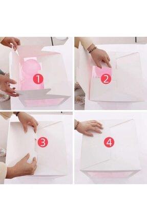 Patladı Gitti Şeffaf E Harfli Beyaz Kutu Ve Balon Seti 1