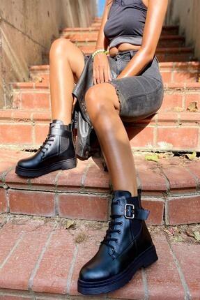 İnan Ayakkabı Bayan Kenarı Lastikli Kenardan Tokalı Bot 0