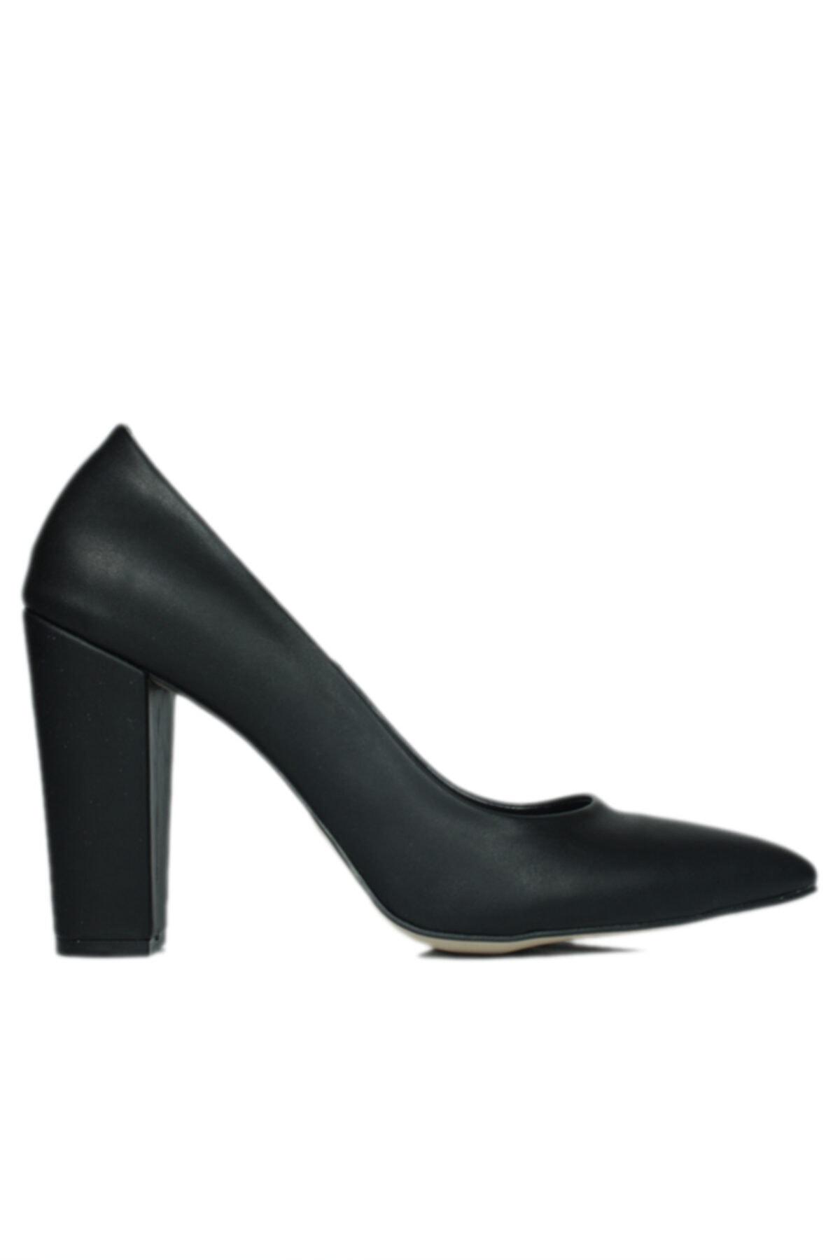 520121 014 Kadın Siyah Büyük & Küçük Numara Stiletto