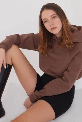 Addax Kadın Kahve Kapüşonlu Kısa Sweat S1055 - J5 ADX-0000022873 1