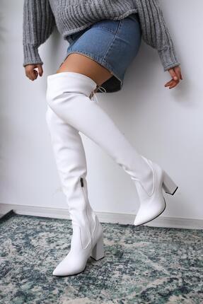 Picture of Alanna Beyaz Sivri Burunlu Kalın Topuklu Dizüstü Çizme
