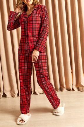 Hadise Ekoseli Düğmeli Pijama Takımı Kırmızı 3