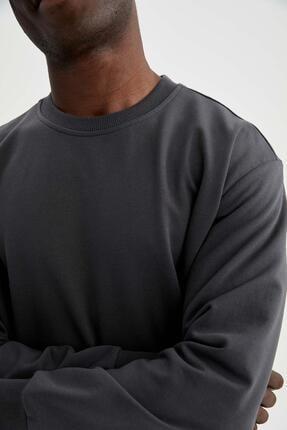 Defacto Erkek Gri Oversize Fit Bisiklet Yaka Basic Sweatshirt 2