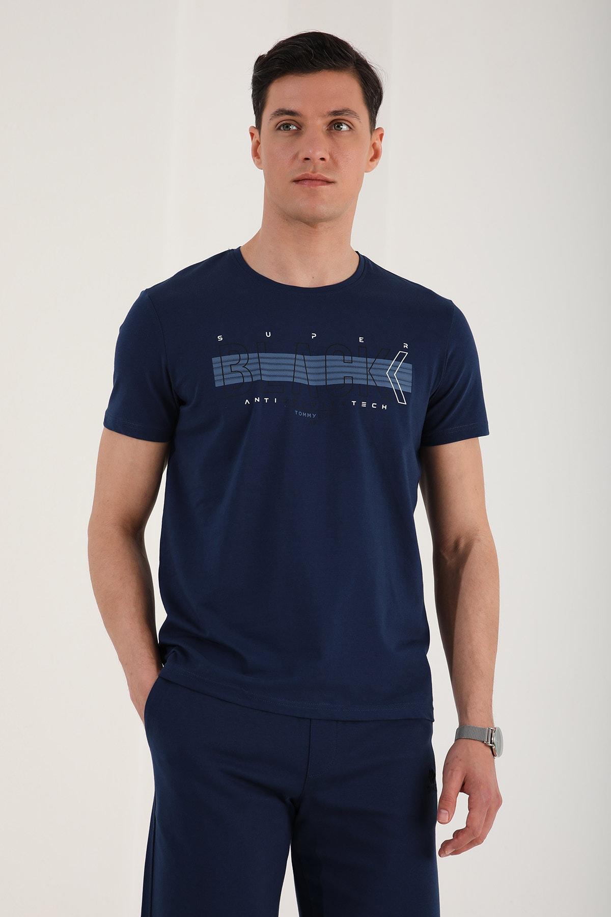 Erkek Black Yazı Baskılı Rahat Kalıp O Yaka T-shirt - 87954