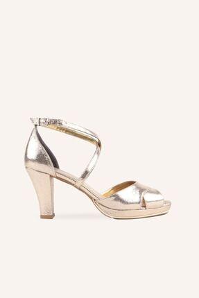 تصویر از Altın Çapraz Bantlı 9 Cm Gelin Ayakkabısı