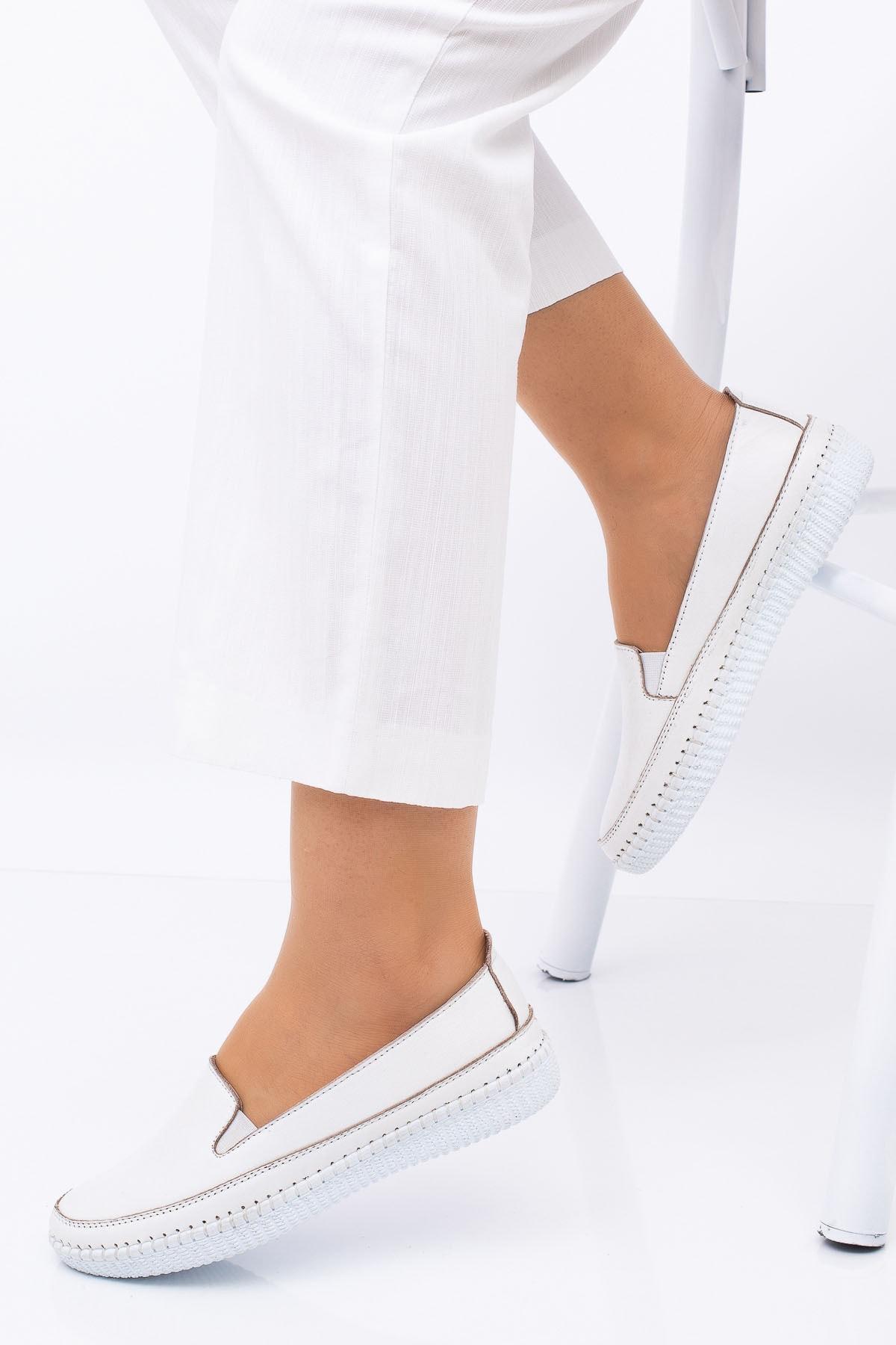 Kadın Anne Ortopedik Beyaz Alçak Topuklu Günlük Rahat Bayan Ayakkabı