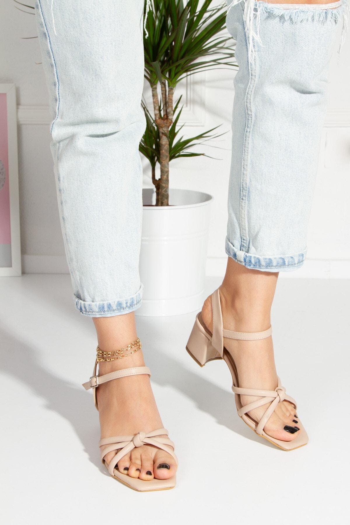 Gündelik & Abiyelik Topuklu Sandalet
