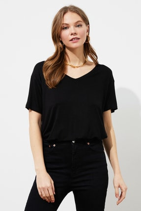 TRENDYOLMİLLA Siyah Sırt Detaylı Örme T-Shirt TWOSS20TS0881 2