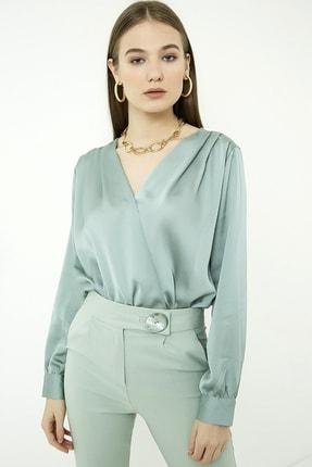 Vis a Vis Kadın Çağla Yeşili Uzun Kol Kruvaze Saten Bodysuit 1