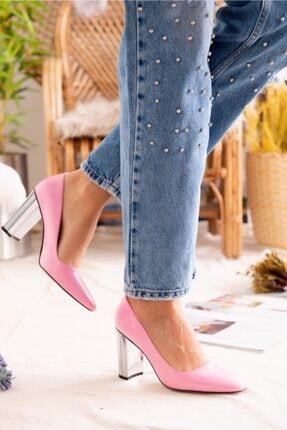 Jilberto Kadın Pembe Parlak Rugan Topuk Detaylı Ayakkabı 1