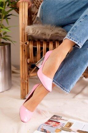 Jilberto Kadın Pembe Parlak Rugan Topuk Detaylı Ayakkabı 2