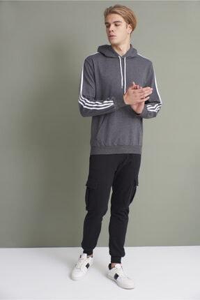 Tena Moda Erkek Antrasit Kapşonlu Kanguru Cepli Kolları Üç Şeritli Sweatshirt 3