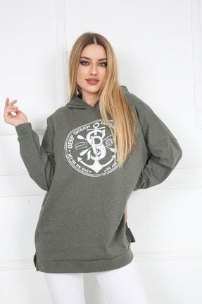 Butik Vanilin Kadın Haki Amblem Baskılı Kapüşonlu Yırtmaçlı Sweatshirt 3