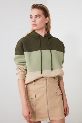 TRENDYOLMİLLA Haki Renk Bloklu Şardonlu Basic Örme Sweatshirt TWOAW20SW0792 0