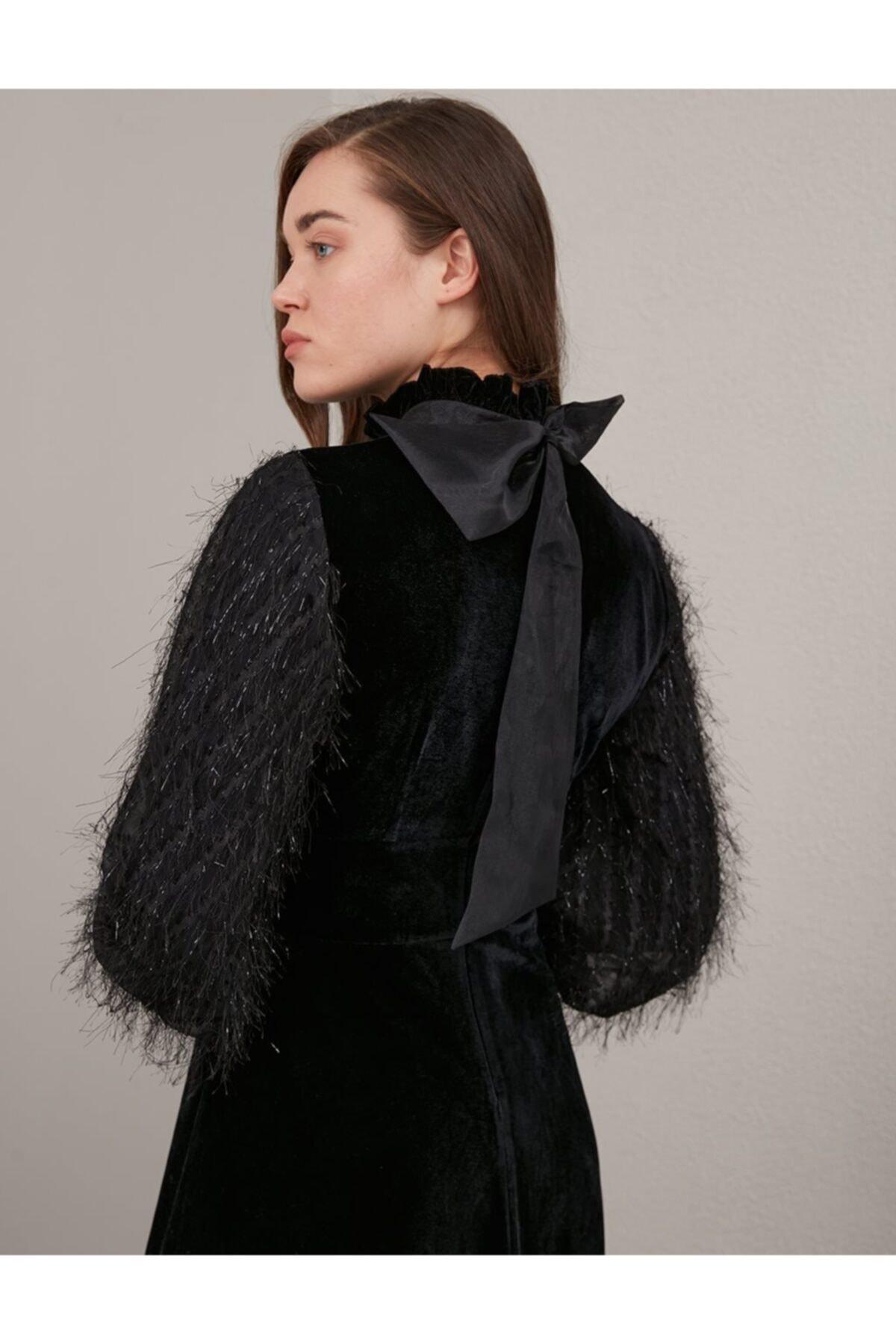 Kayra Kolları Tüylü Kadife Elbise Siyah A20 23130