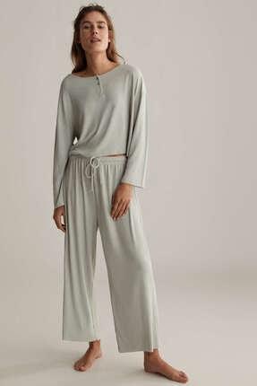 Oysho Kadın Düz Renkli Ve Fitilli Pijama Üstü 1