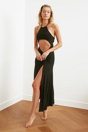 TRENDYOLMİLLA Siyah Cut-Out Detaylı Plaj Elbisesi TBESS21EL2792 1