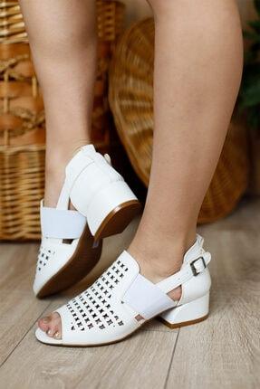 PUNTO Kadın Kapalı Fındık Topuklu Ayakkabı 1