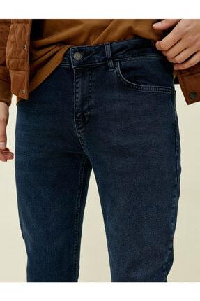 Koton Erkek Lacivert Brad Slim Fit Jean 4