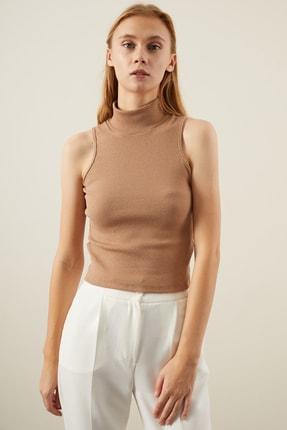 Tena Moda Kadın Bisküvi Kolsuz Balıkçı Yaka Bluz 1