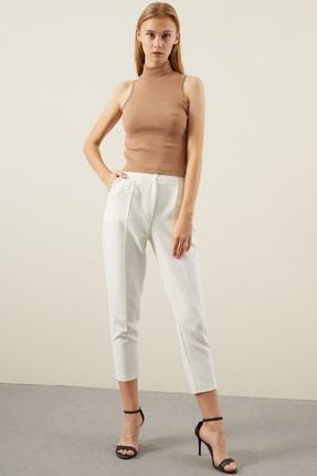 Tena Moda Kadın Bisküvi Kolsuz Balıkçı Yaka Bluz 2