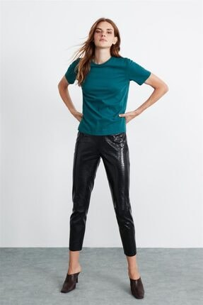 GRIMELANGE Hannah Kadın Petrol Yuvarlak Yakalı Basic T-shirt 1