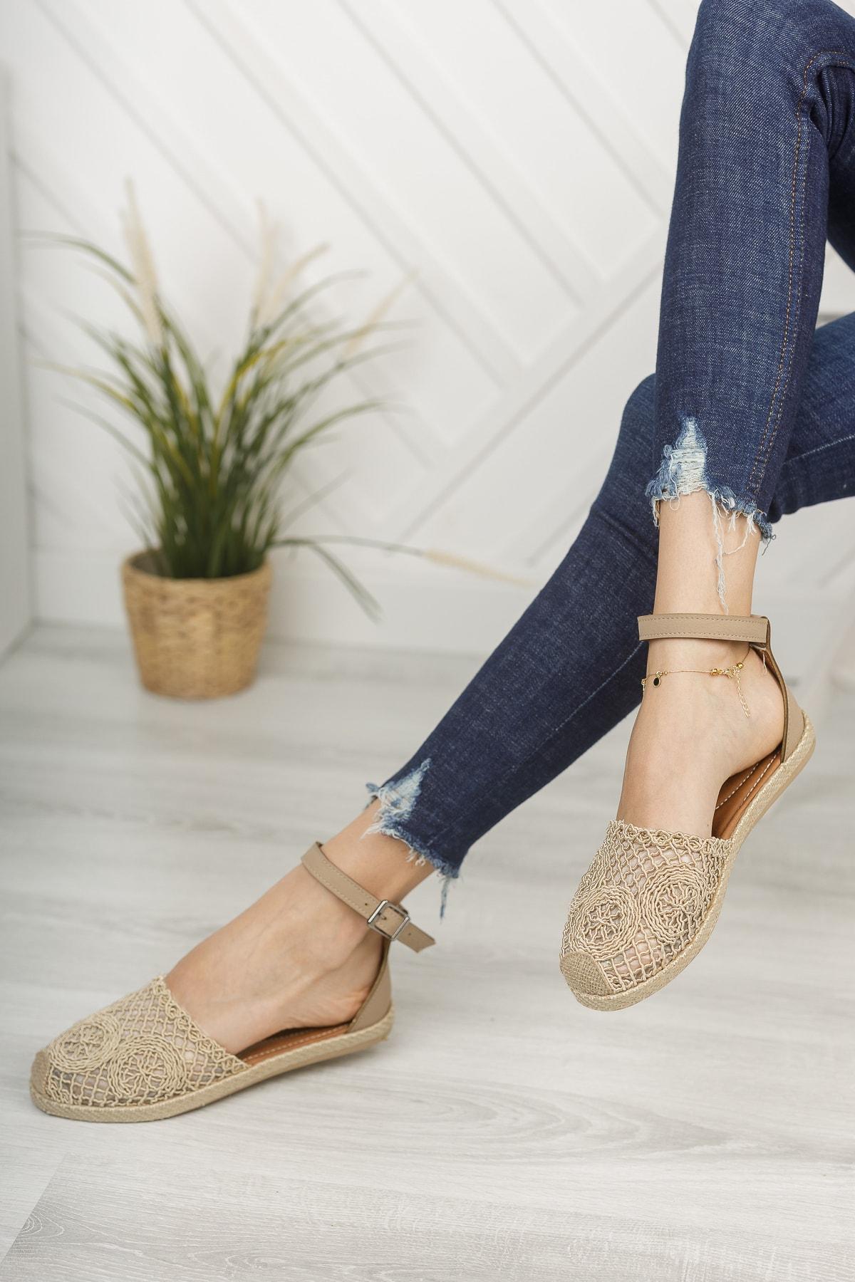 Kadın Ten Dantelli Dantelli Sandalet Md1058-123-0001