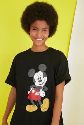 TRENDYOLMİLLA Siyah Mickey Mouse Lisanslı Baskılı Örme Elbise TWOSS21EL0103 1