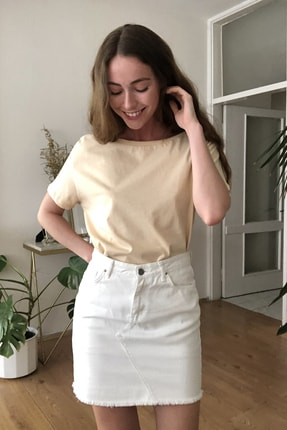 TRENDYOLMİLLA Bej %100 Pamuk Süprem Kayık Yaka Boyfriend Örme T-Shirt TWOSS20TS0140 3