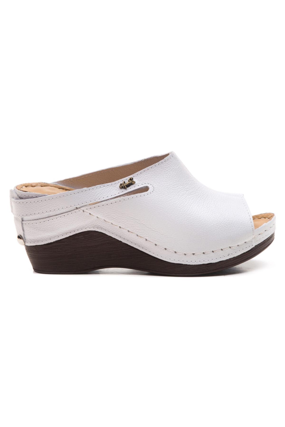 LuviShoes 1001 Beyaz Kadın Terlik