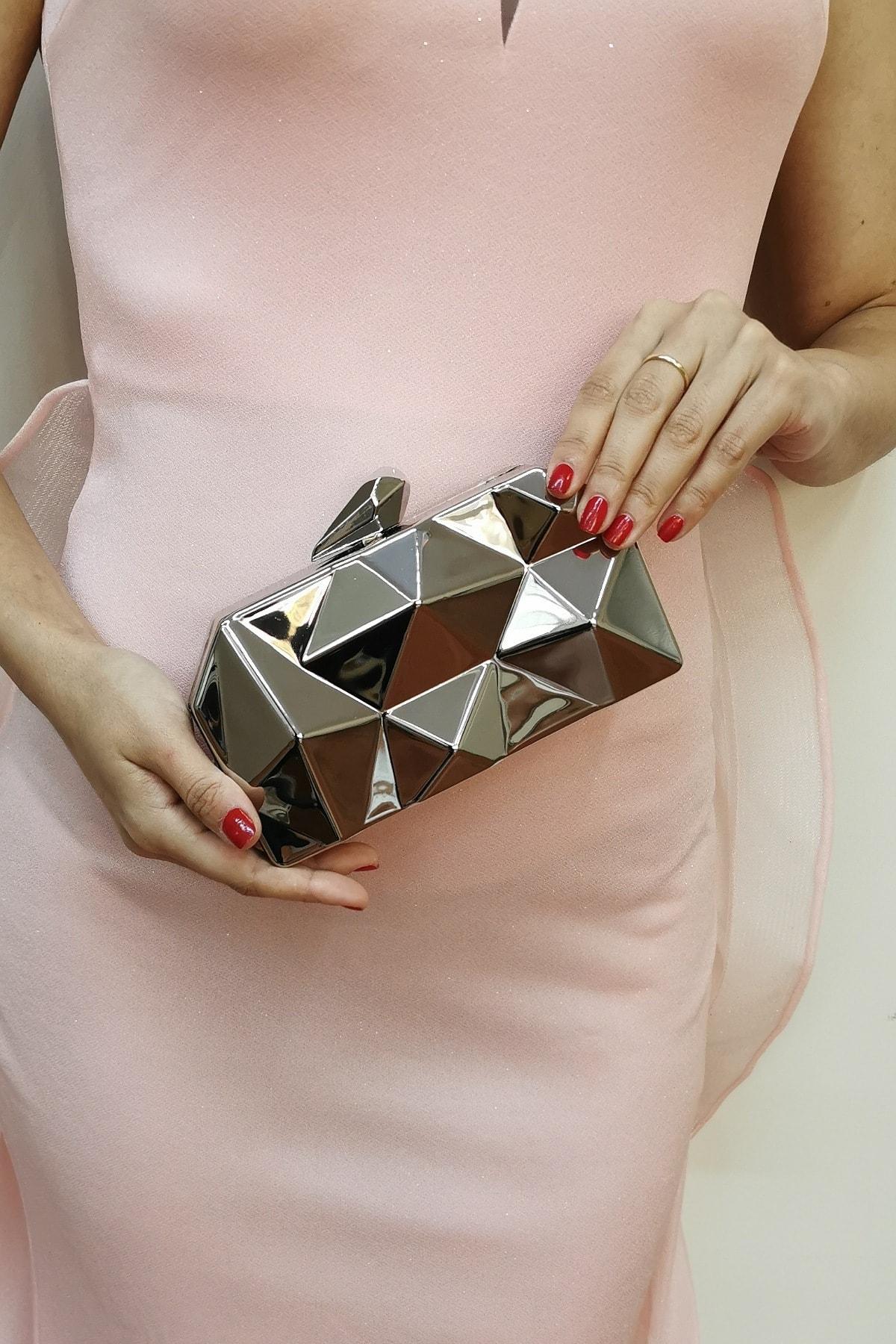 Metal Gümüş Kadın Abiye Çanta
