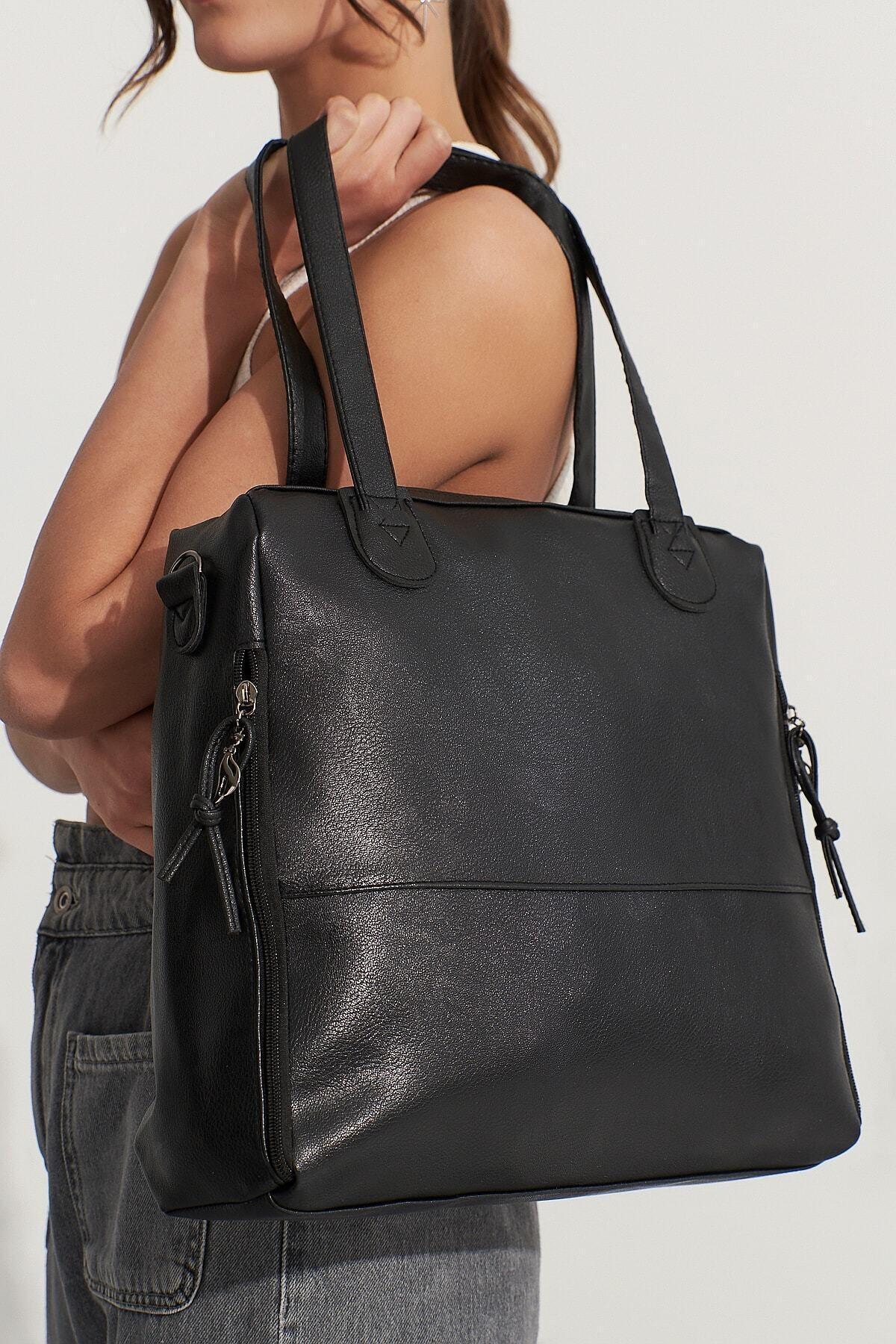 Bagzone Siyah Kadın  Fermuar Detaylı  Omuz Çantası 10Va2049