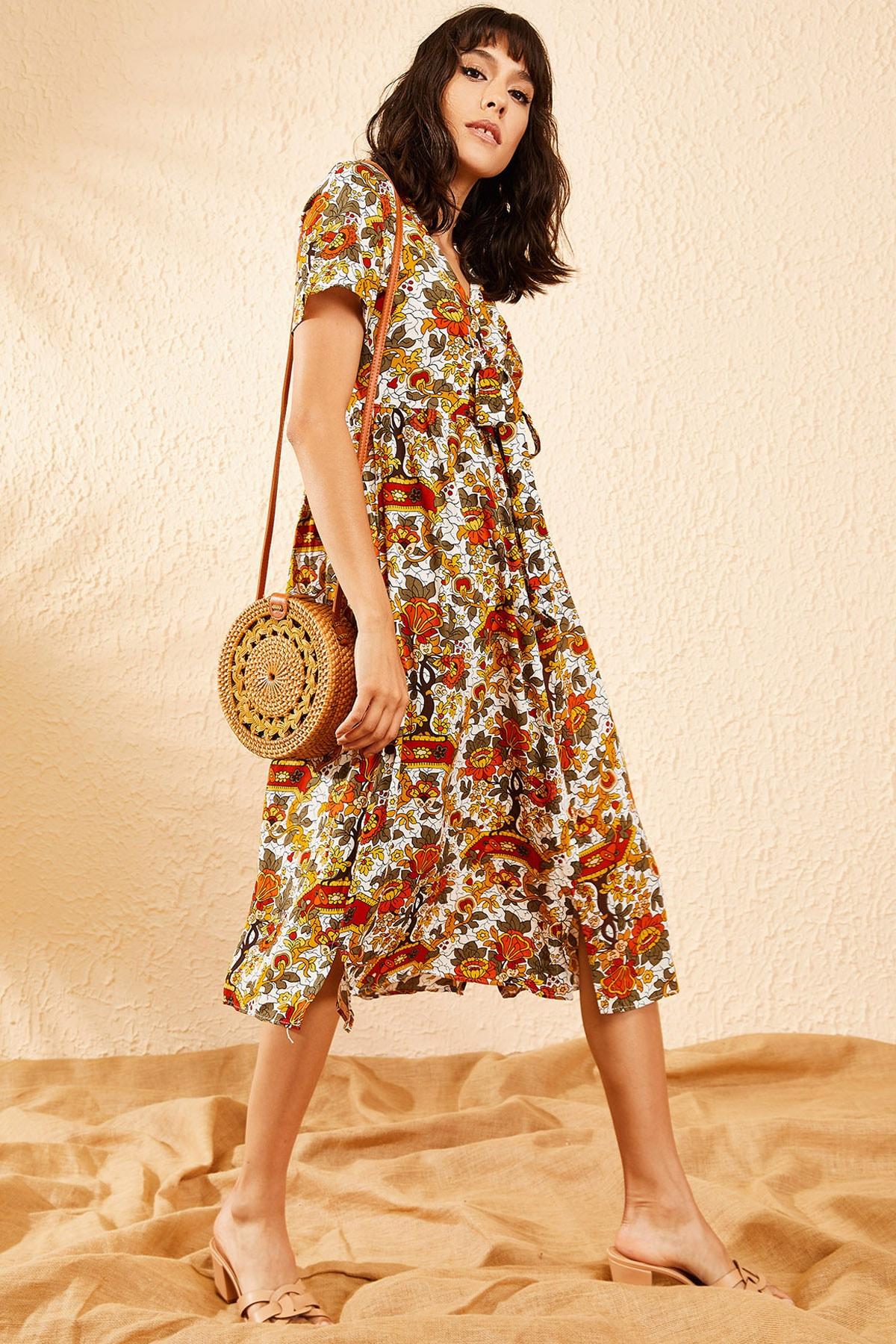Bianco Lucci Kadın Beyaz Multi Çiçek Desenli Düğme Detaylı Uzun Gömlek  Elbise 10081006 4