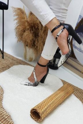 Leyla Yıldız Siyah Yılan Çapraz Topuklu Ayakkabı 1