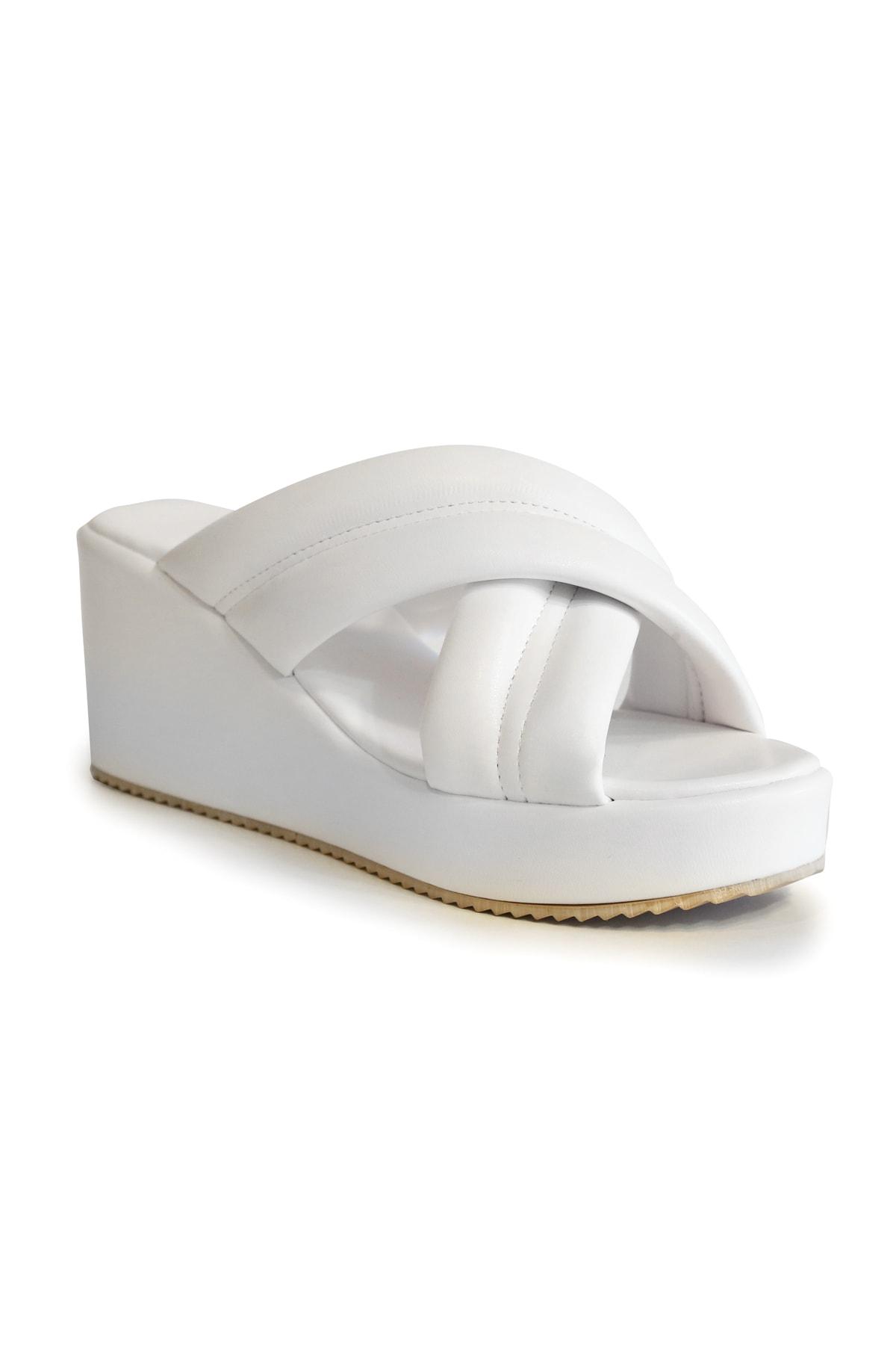Kadın Beyaz Feta Kaplama Sandalet