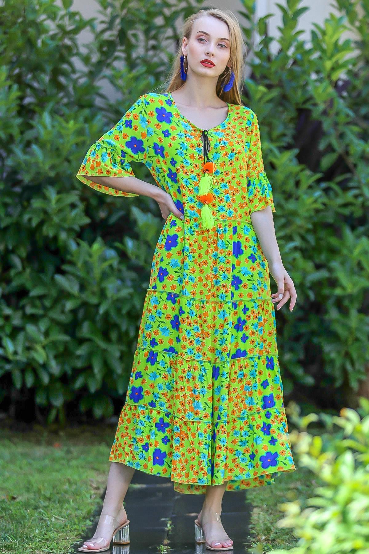 Chiccy Kadın Yeşil Bohem Çıtır Çiçek Desenli El Işi Püskül Detaylı Salaş Elbise M10160000El96565 0