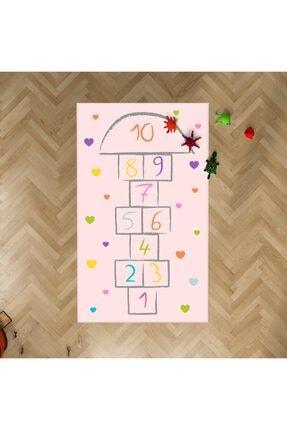 HalıVagonu Hv377 Renkli Kalpli Seksekli Pembe Çocuk Odası Halısı 0