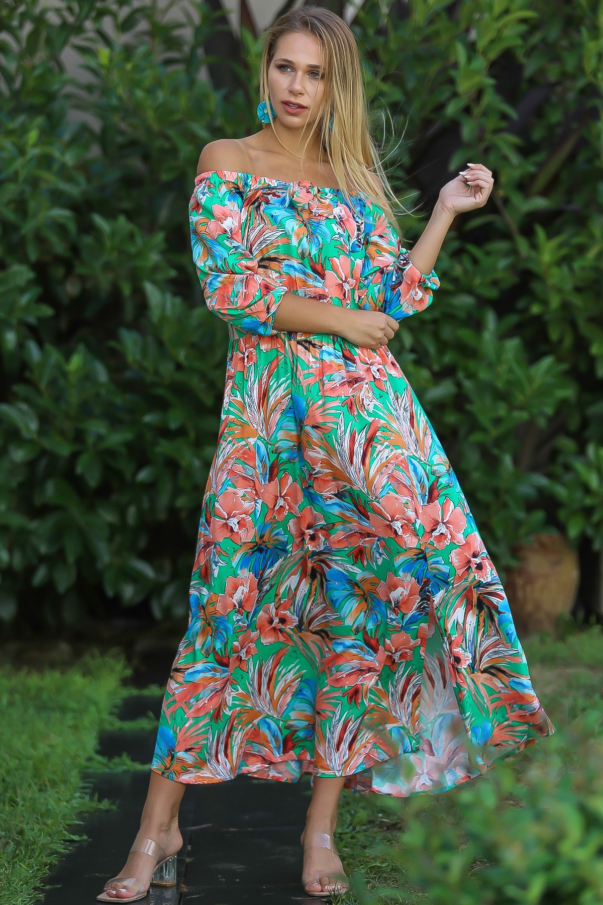 Chiccy Kadın Yeşil Bohem Carmen Yaka Sırtı Fermuar Detaylı Yırtmaçlı Uzun Elbise M10160000El96499 2