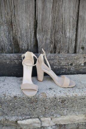 BUTİK 37.5 Kadın Bej Süet Tek Bant Topuklu Ayakkabı 1