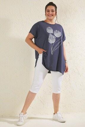 Siyezen Lacivert Büyük Beden Salaş Çizgili Lale Baskılı T-shirt 3